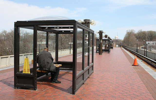 07a.WMATA.NaylorRoad.TempleHills.MD.4April2011