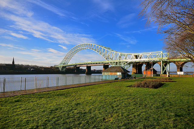Silver Jubilee Bridge, Widnes