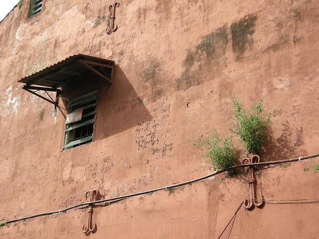 Wand mit Fenster