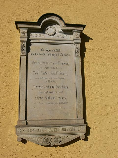 Gedenktafel an der Pfarrkirche