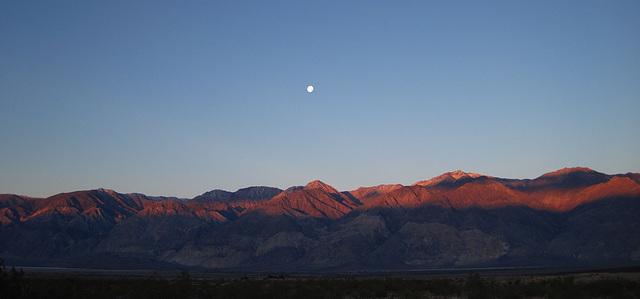 Sunrise in Saline Valley (1420)