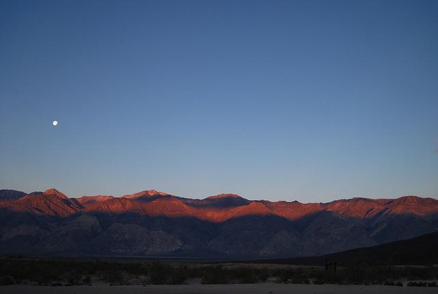 Sunrise in Saline Valley (1421)