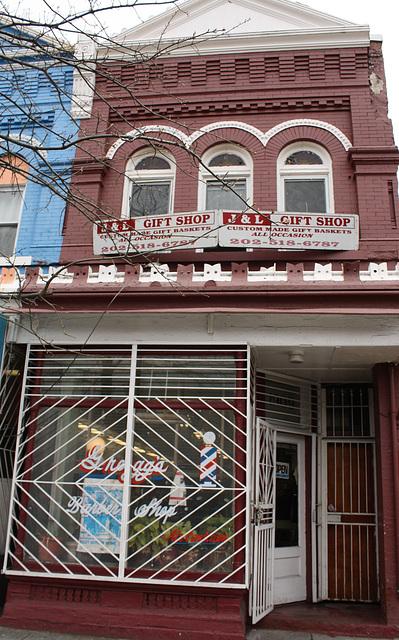 03a.GreggsBarberShop.1909.7thStreet.NW.WDC.9April2011