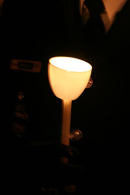 16.CandleVigil.Light.NLEOM.EStreet.WDC.13May2009