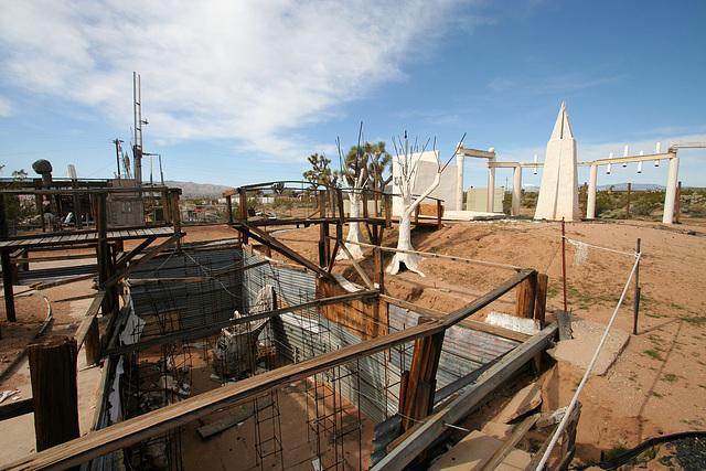 Noah Purifoy Outdoor Desert Art Museum - Earth Piece (9835)