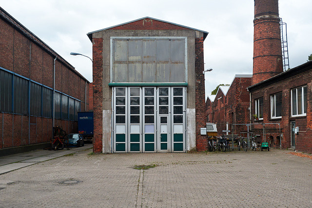 halle-1190742-co-14-09-14