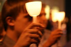 08.CandleVigil.Raise.NLEOM.EStreet.WDC.13May2009