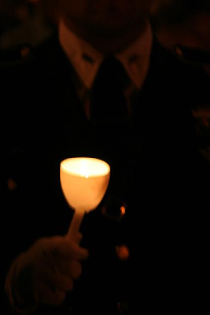 20.CandleVigil.Raise.NLEOM.EStreet.WDC.13May2009