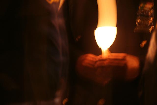 43.CandleVigil.Raise.NLEOM.EStreet.WDC.13May2009