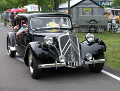 National Oldtimer Day in Holland: 1953 Citroën Traction Avant Familiale