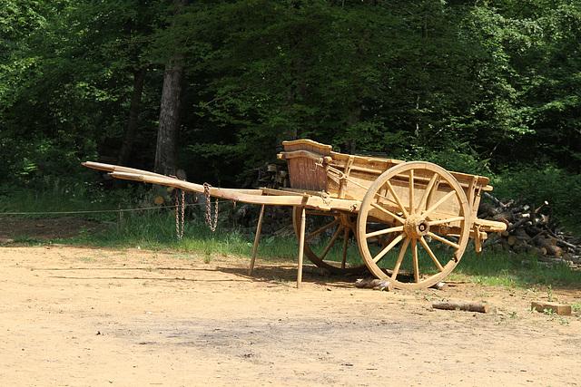 Une des charrettes - Guédelon