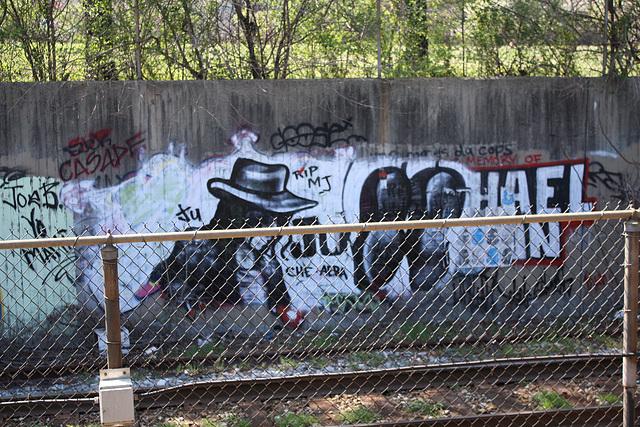 25.GraffitiTagging.WMATA.BrooklandCUA.NE.WDC.6April2011
