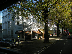 Holland Park shops