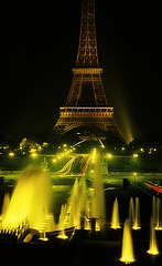 La tour Eiffel  . 1963-64