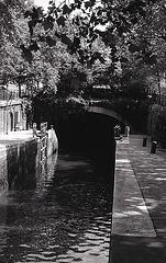 Paris , le canal Saint Martin