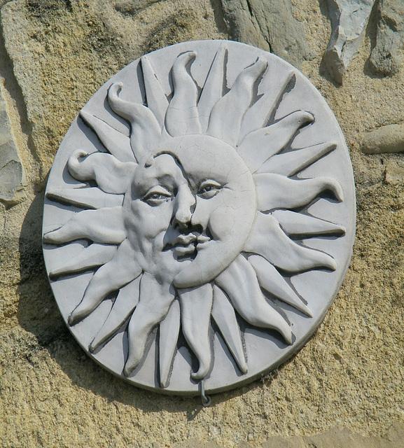 Soleil et croissant de lune !