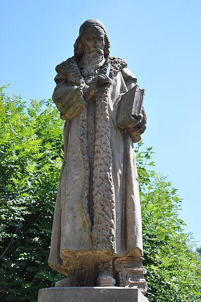Monumento de Komenio (Comenius) en Kunvald