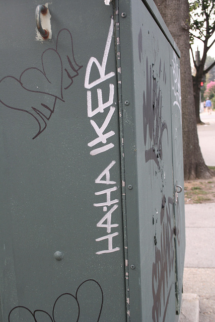04.Graffiti.Tagging.1400Church.NW.WDC.7August2007