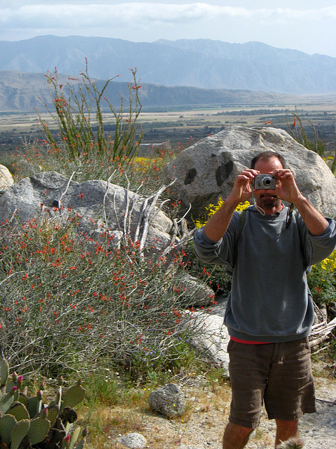 Kirk on the trail to Maidenhair Falls in Anza-Borrego (1635)