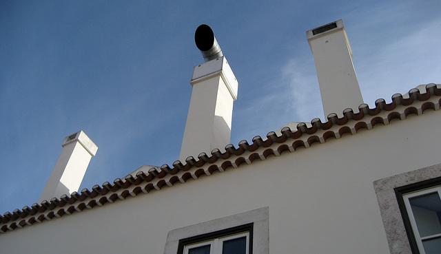 Lisboa, Carnide, command roof
