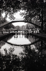 Paris , canal Saint-Martin