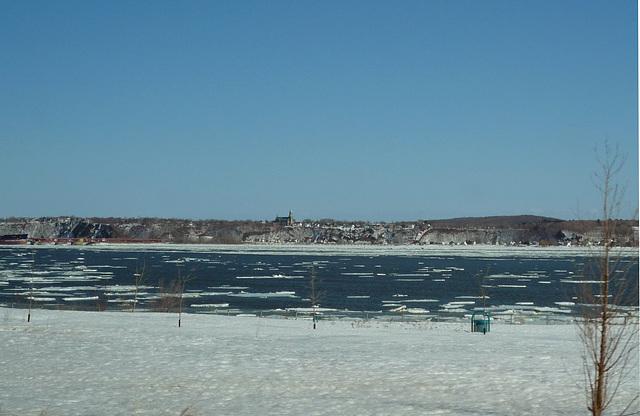 Le dégel du fleuve St-Laurent !