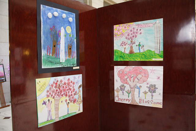 36.NCBF.CommunityArtShow.UnionStation.NE.WDC.3April2011