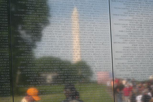 62.VietnamVeteransMemorial.WDC.22May2009