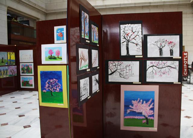 112a.NCBF.CommunityArtShow.UnionStation.NE.WDC.3April2011