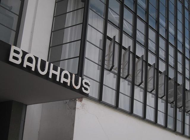 Das Gebäude des Bauhaus in Dessau