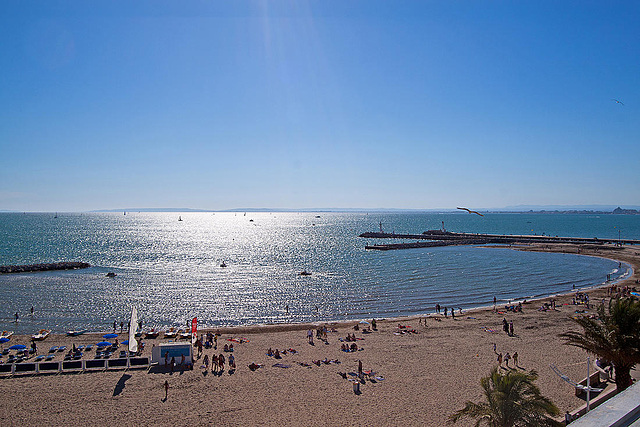 20110529 4035RWfw Strand, Hafeneinfahrt [Le Grau du Roi]