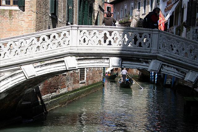 Un des quelques 500 ponts de Venise