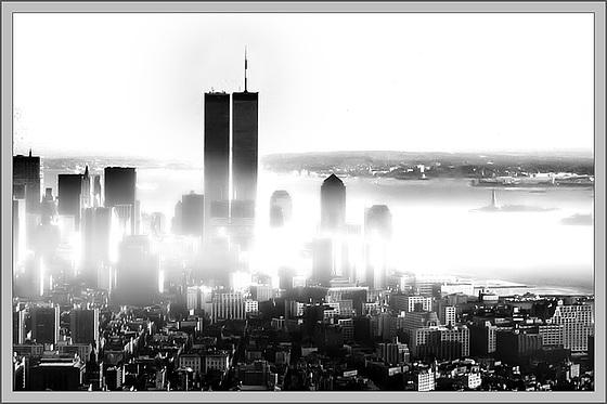 liberty_in_fog