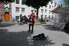 Musicienne de rue à Amsterdam