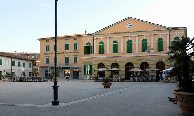 Piazza Garibaldi mit Terme