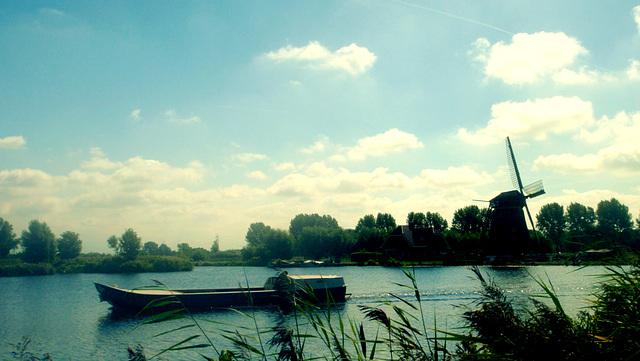 Windmill on lake, Leiden