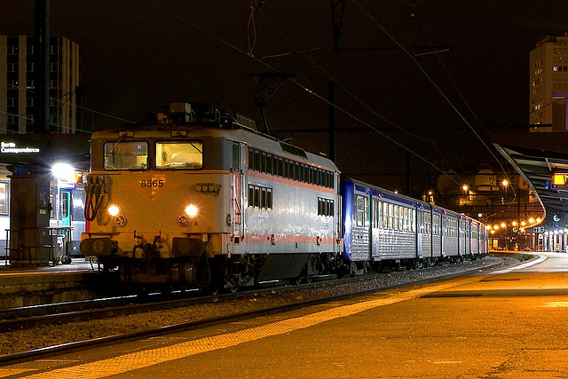8500 petite cabine à Dijon