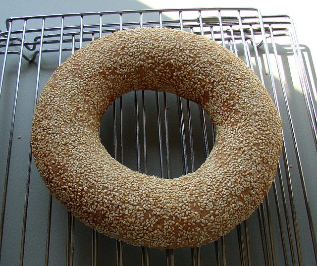 Floating Sesame Bread Ring