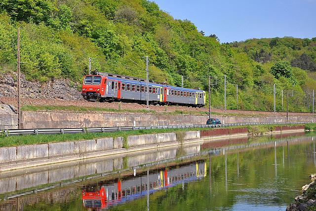 Z2 Bourgogne au bord du canal