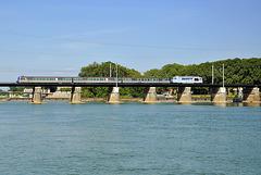 BB 67400 sur la Saône