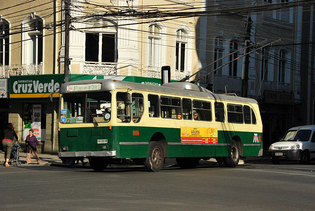 Valparaiso. Trolleybus