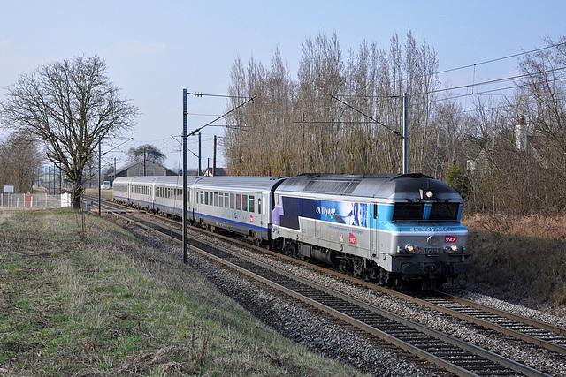 CC 72121 à Gemeaux