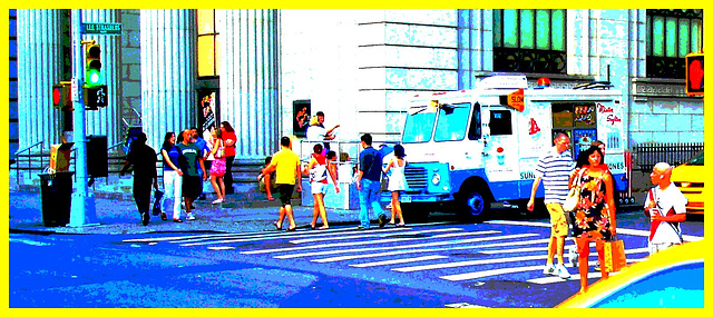 New-York city  - Lee Starsberg street yellow cab. NYC. July 2008 - Recadrage postérisé