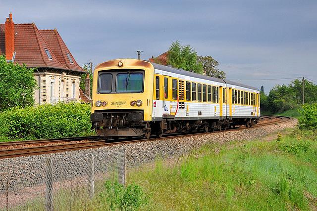 X 4787 à Torcy