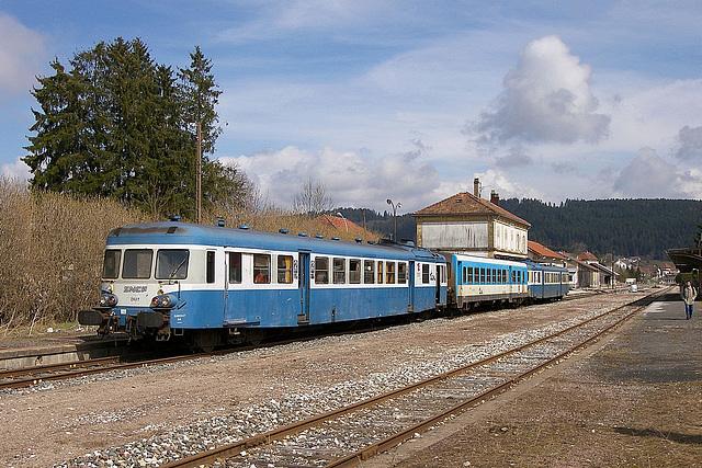 X 2800 à Morteau