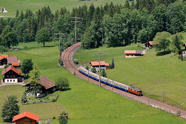 Rame historique dans la rampe nord du Lötschberg