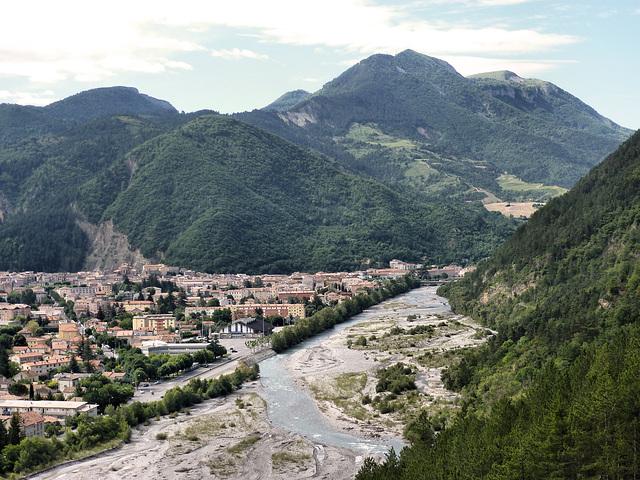 la vallée de la Durance à Digne  The Durance Valley to Digne