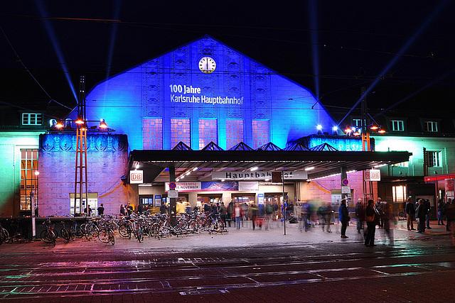 Karlsruhe-Hauptbahnhof version bleu