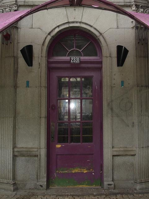 Vespasiennes /  Montréal, Québec. CANADA /  4 juillet 2009