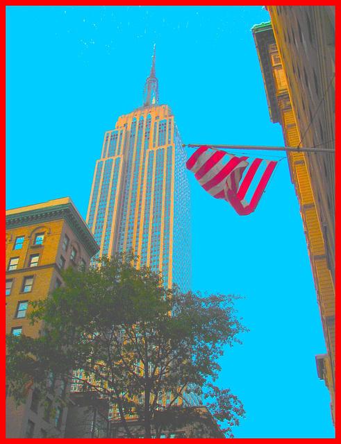 New-York city - Drapeau et gratte-ciel /  Flag & skyscarper. 19 juillet 2008 - Ciel bleu photofiltré et cadre rouge